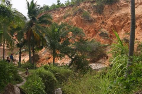 2007_vietnam_16_17_tb_032_900