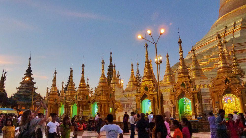 Myanmar_2015_0408_1000