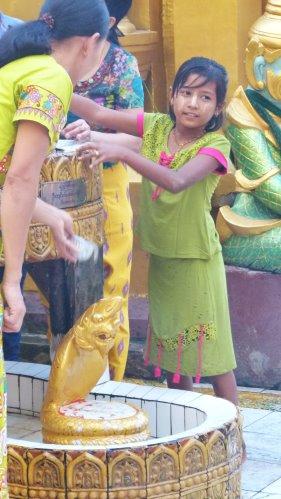 Myanmar_2015_0485_500